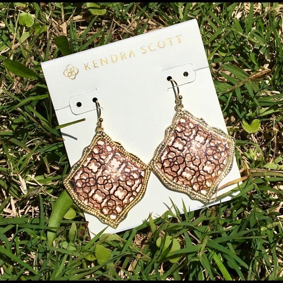 Kendra Scott Jewelry - Gorgeous New Kendra Scott Filigree Earrings